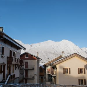 Chalet apartments for rent within short walking distance to ski lift