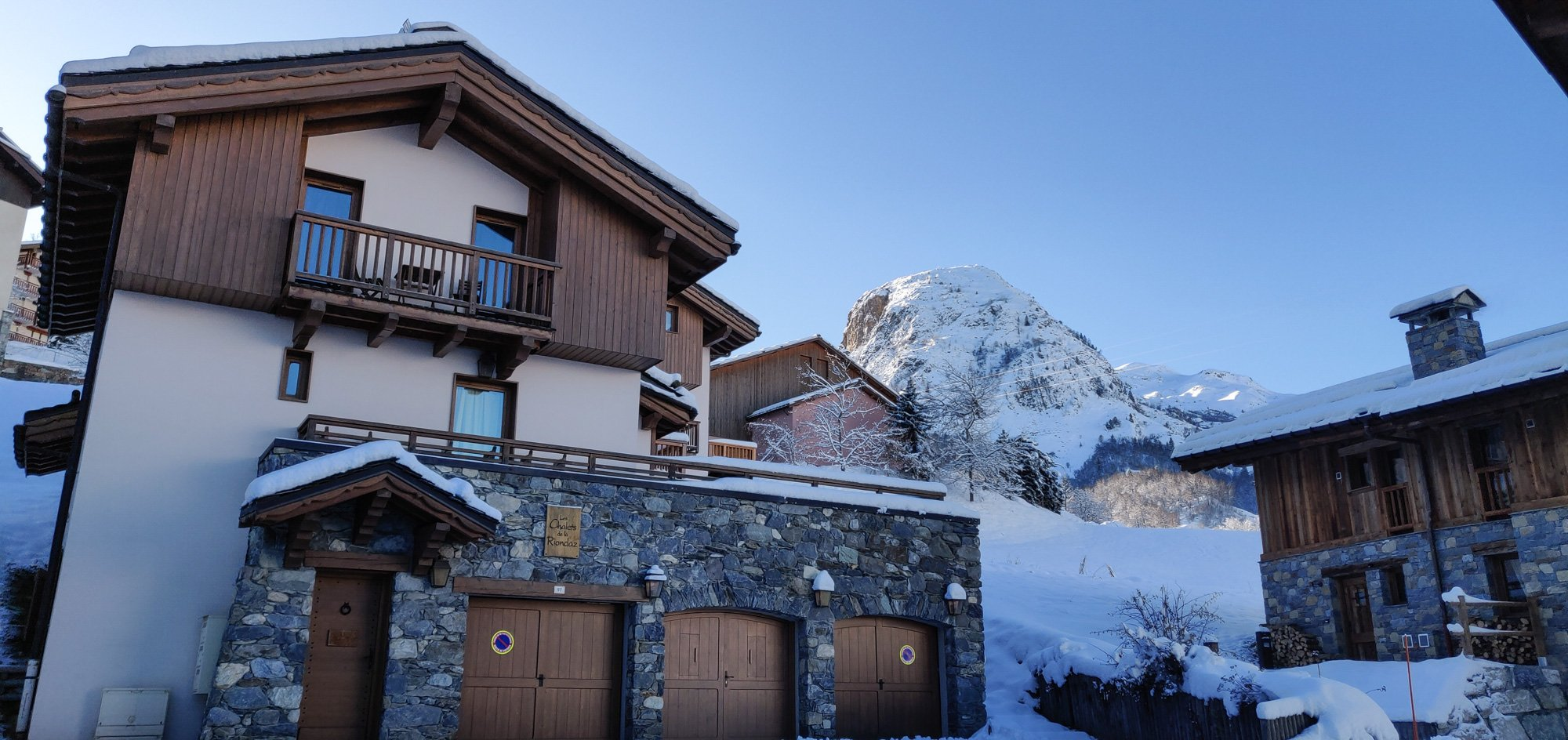 Chalet Riondaz - Luxury self-catered chalet in the 3 Valleys